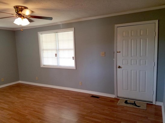 Residential/Single Family - Gainesboro, TN (photo 3)