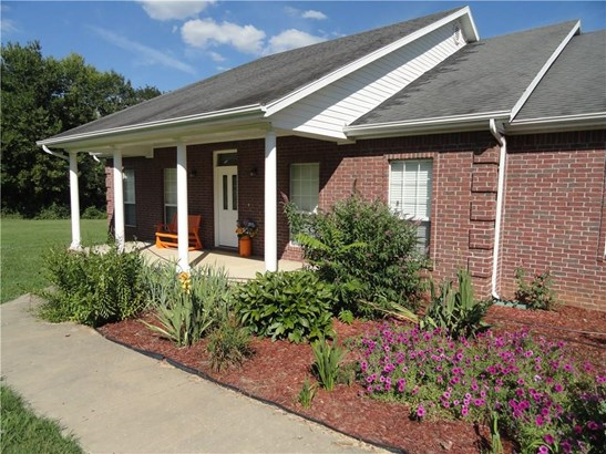 Residential/Single Family - Elkins, AR (photo 4)
