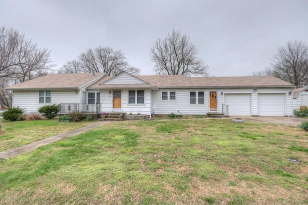 Residential/Single Family - Carthage, MO (photo 1)