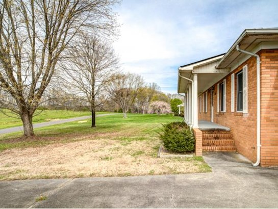 Residential/Single Family - Church Hill, TN (photo 5)