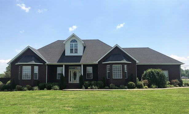 Residential/Single Family - Lafayette, TN