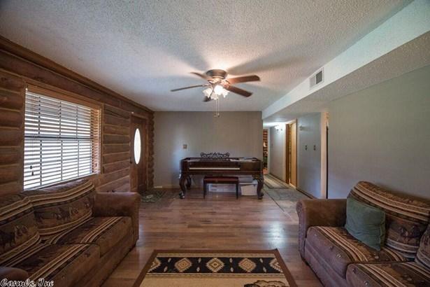 Residential/Single Family - Hensley, AR (photo 4)