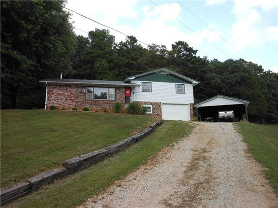 Residential/Single Family - Huntsville, AR (photo 1)