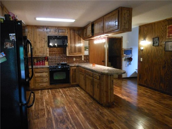 Residential/Single Family - Huntsville, AR (photo 5)