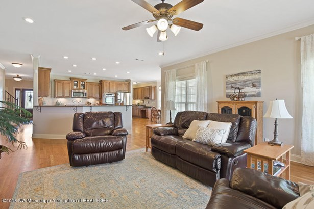 Residential/Single Family - Olive Branch, MS (photo 5)