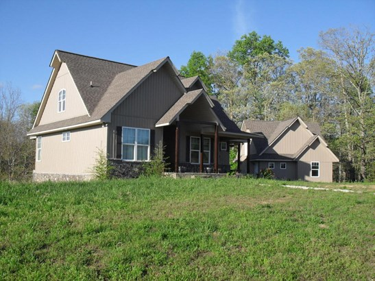 Residential/Single Family - Palmer, TN (photo 2)