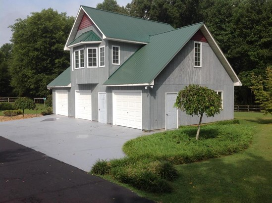Residential/Single Family - Pikeville, TN (photo 2)