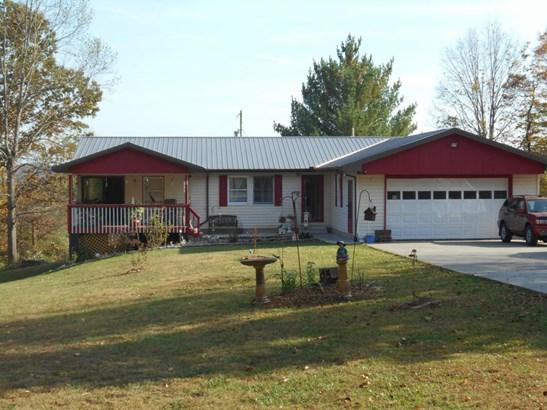 Residential/Single Family - Jacksboro, TN (photo 1)