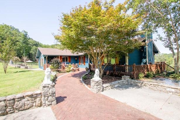 Residential/Single Family - Woodbury, TN (photo 2)
