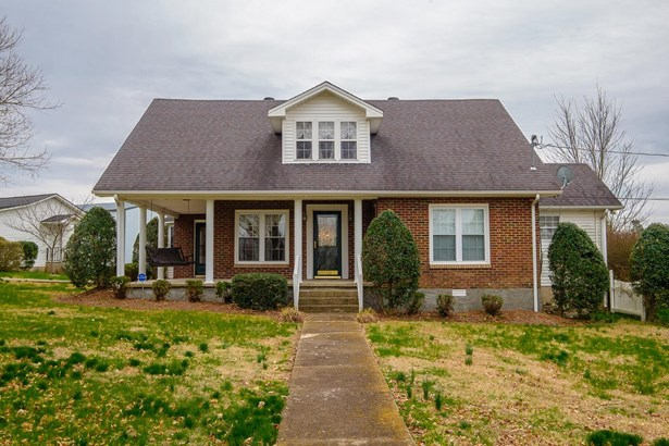 Residential/Single Family - Lafayette, TN (photo 1)