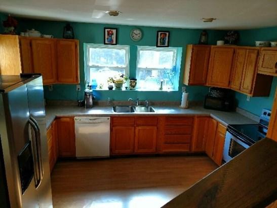 Residential/Single Family - Allardt, TN (photo 4)