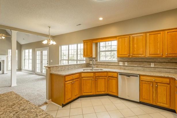 Residential/Single Family - Hixson, TN (photo 4)