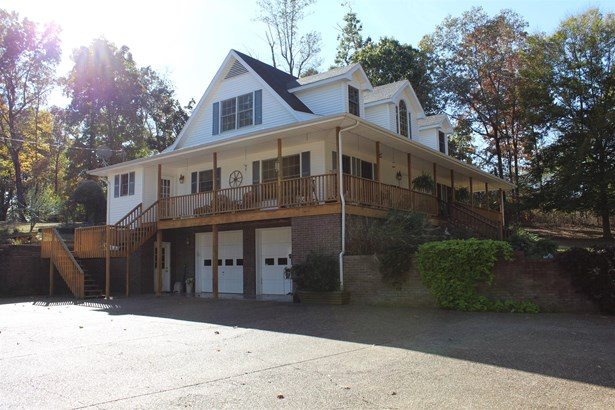 Residential/Single Family - Charlotte, TN (photo 2)