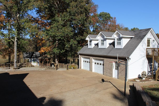 Residential/Single Family - Charlotte, TN (photo 4)