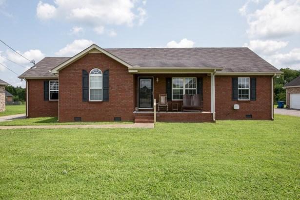 Residential/Single Family - Christiana, TN (photo 1)