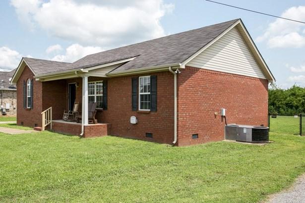 Residential/Single Family - Christiana, TN (photo 2)