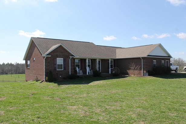 Residential/Single Family - Allardt, TN (photo 1)