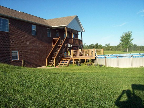 Residential/Single Family - Allardt, TN (photo 5)