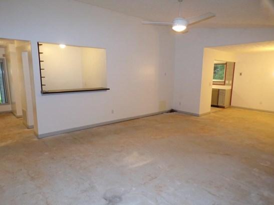 Residential/Single Family - Acworth, GA (photo 4)