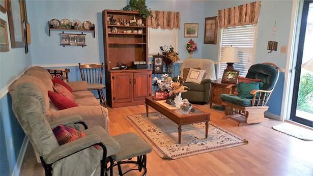 Residential/Single Family - Parsons, TN (photo 3)
