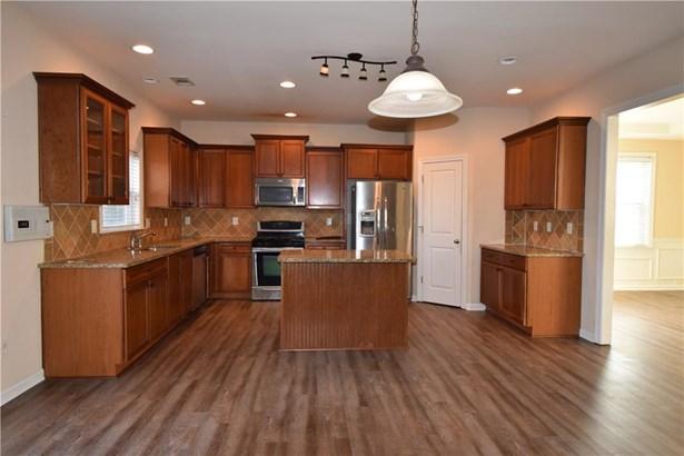 Residential/Single Family - Cumming, GA (photo 4)