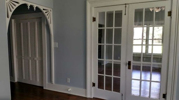 Residential/Single Family - Trenton, TN (photo 5)