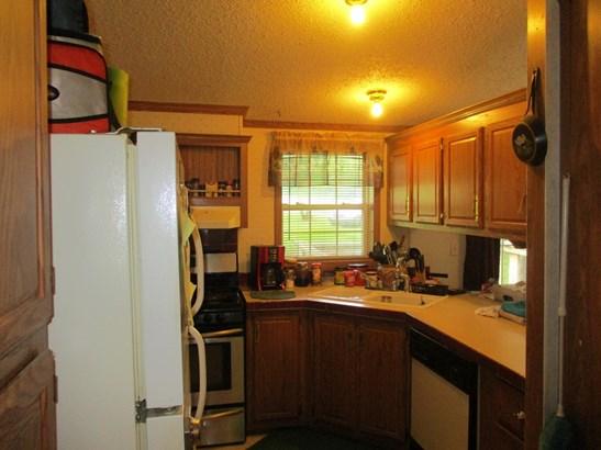 Residential/Single Family - Stilwell, AR (photo 5)