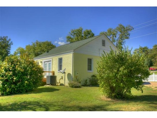 Residential/Single Family - Jonesborough, TN (photo 2)