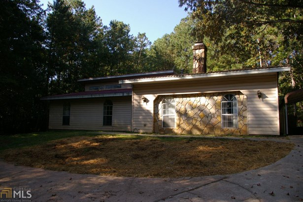 Residential/Single Family - Ellenwood, GA (photo 1)