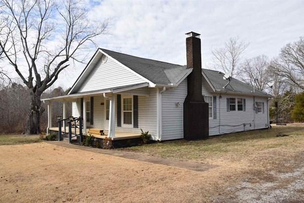 Residential/Single Family - Finger, TN (photo 2)