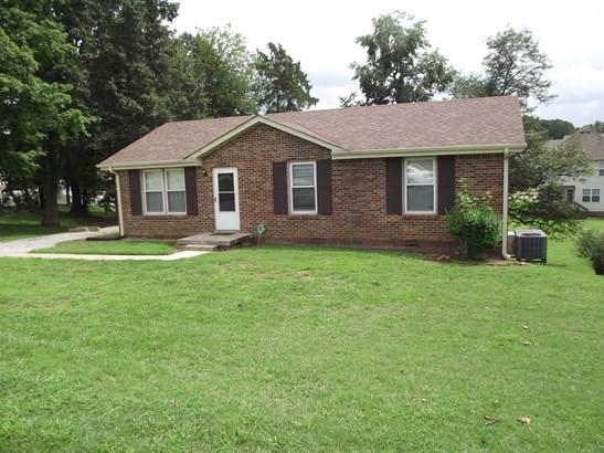 Residential/Single Family - Clarksville, TN (photo 1)