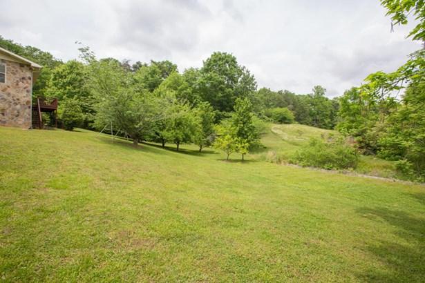 Residential/Single Family - Rock Spring, GA (photo 5)