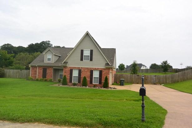 Residential/Single Family - Senatobia, MS (photo 1)