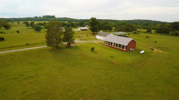 Residential/Single Family - Lascassas, TN (photo 2)