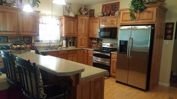 Residential/Single Family - Lobelville, TN (photo 5)