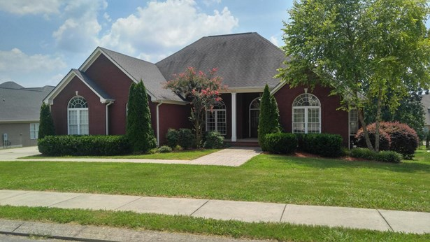 Residential/Single Family - Ooltewah, TN (photo 1)