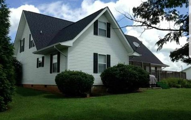 Residential/Single Family - Dandridge, TN (photo 2)