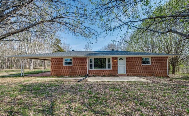 Residential/Single Family - Silver Point, TN (photo 1)