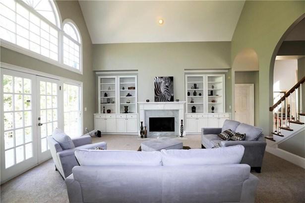 Residential/Single Family - Marietta, GA (photo 3)