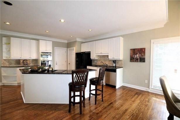 Residential/Single Family - Marietta, GA (photo 4)