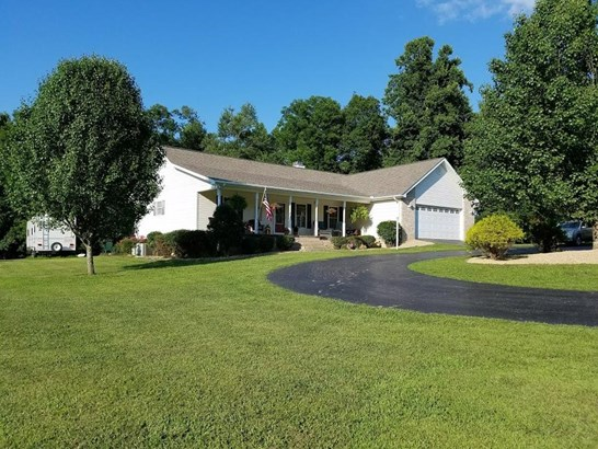Residential/Single Family - Clarkrange, TN (photo 1)