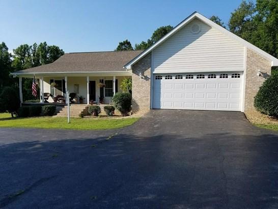 Residential/Single Family - Clarkrange, TN (photo 2)