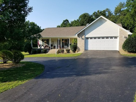 Residential/Single Family - Clarkrange, TN (photo 4)