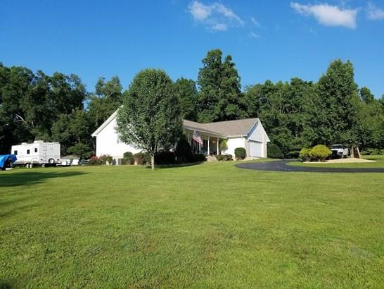 Residential/Single Family - Clarkrange, TN (photo 5)