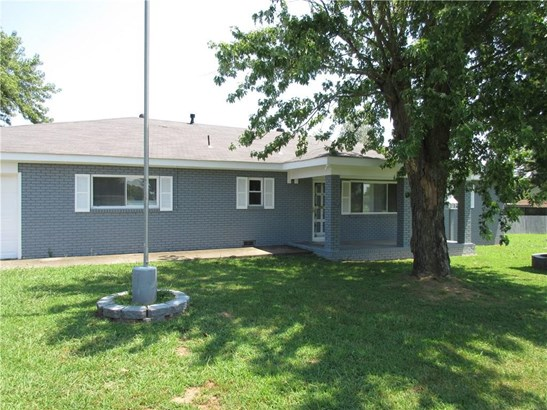 Residential/Single Family - Springdale, AR (photo 3)