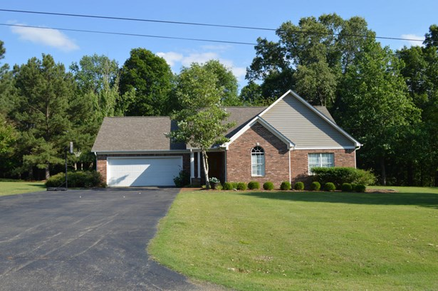 Residential/Single Family - New Albany, MS (photo 2)