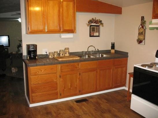 Residential/Single Family - BLOOMINGTON SPRINGS, TN (photo 2)