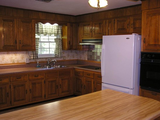 Residential/Single Family - Englewood, TN (photo 3)