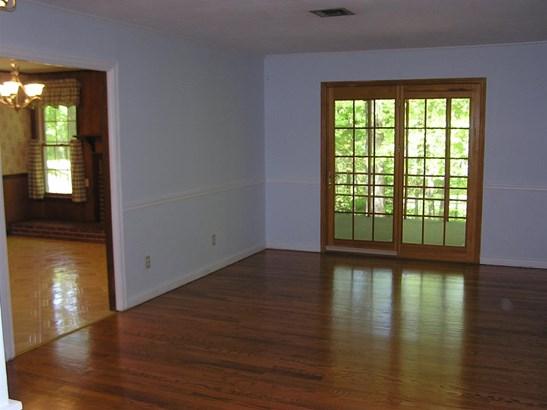Residential/Single Family - Englewood, TN (photo 5)
