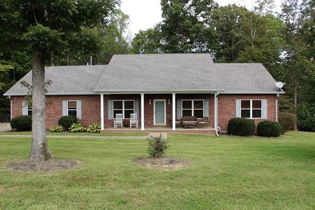 Residential/Single Family - Burns, TN (photo 1)